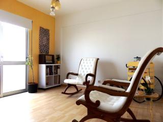 Cozy 1 bedroom Apartment in Faro - Faro vacation rentals
