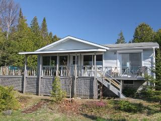 Bright 3 bedroom Cottage in Tobermory - Tobermory vacation rentals