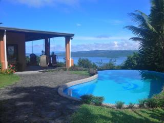Oropendola House. Amazing views & Free Breakfast!! - El Castillo vacation rentals
