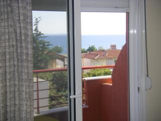 Red houses 6 apartments - Psakoudia vacation rentals