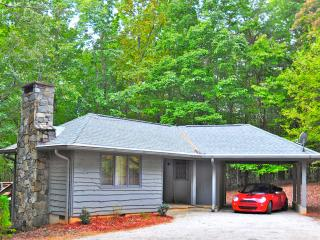 Cottage At Pirates Cove, pet friendly, convenient - Columbus vacation rentals