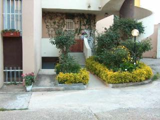 Basement flat, two minutes from the beach - Alghero vacation rentals