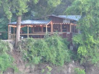 Wonderful House with Television and Water Views - Tennessee Colony vacation rentals