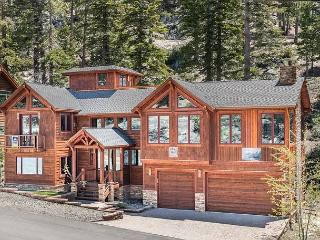 Extravagant Mountain Lodge at Heavenly with Hot Tub & Sauna - Walk to Lifts! - Stateline vacation rentals