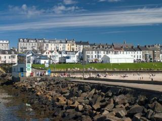 Beautiful 2 bedroom House in Portrush - Portrush vacation rentals