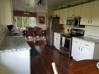 Large 5 bedroom country home, 2 baths, large yard - Marquette vacation rentals