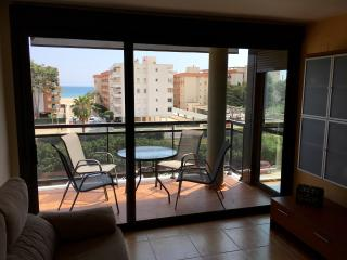 5 min from the beach with parking!! - Torredembarra vacation rentals