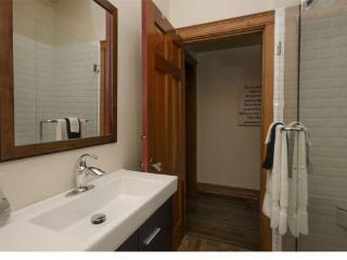 Little Carew-7 - Vernon vacation rentals