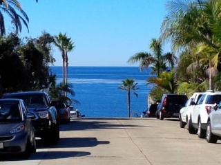 Beach Cottage- 1 block from the beach! - La Jolla vacation rentals