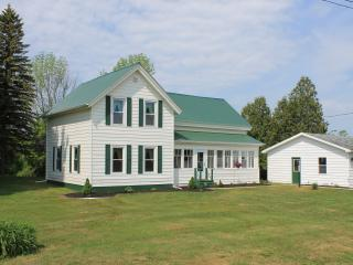 5 bedroom House with A/C in Waddington - Waddington vacation rentals