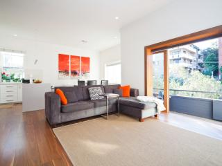 Stylish and Sunny Coogee Apartment CO64 - Sydney vacation rentals