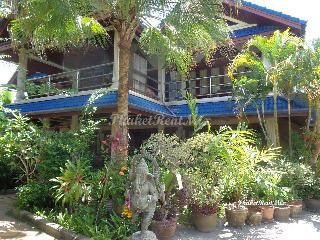 Exclusive 8 bedroom Villa with two private pools, Spa, massage rooms, sauna near Nai Harn beach - Nai Harn vacation rentals