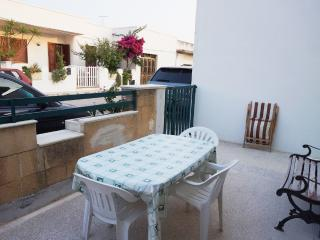 Detached holiday home in Torre San Giovanni at about 50 mt from the sea - Ugento vacation rentals