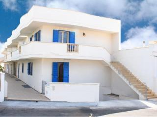 Holiday house Stella in Torre Pali in Apulia Salento about 600 meters from the - Salve vacation rentals