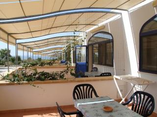 01 one bedroom apartment in Torre Pali in a residence a short walk from the beach - Salve vacation rentals