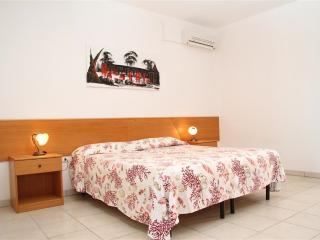 Two-room-n11-in-rent-in-Puglia-close-Pescoluse-a-tower-Pali-CVR825 - Salve vacation rentals