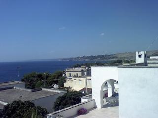House on the first floor holiday in Santa Cesarea Terme with sea view - Santa Cesarea Terme vacation rentals