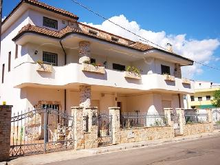Independent ground floor in Casarano, a few km from the sea - Casarano vacation rentals