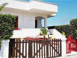 Holiday house in Salento Apulia in Mancaversa near Gallipoli ideal for - Taviano vacation rentals