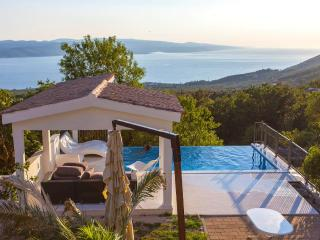 Stunning View/Heated Pool/Value for money!! - Baška vacation rentals