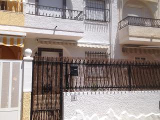 Santa Pola 2 bed house /apartment - Santa Pola vacation rentals
