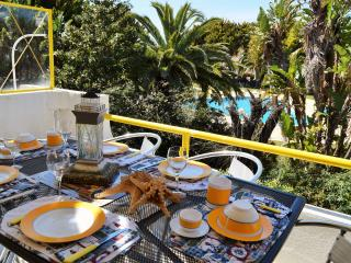 SEA STAR APARTMENT BY THE BEACH - Quarteira vacation rentals