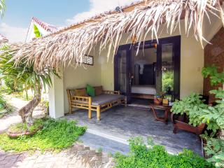 Red Flower Cottages - Rose room - Hoi An vacation rentals