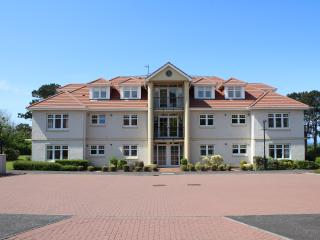 Milton Wynd Turnberry (sleeps 4) - Turnberry vacation rentals