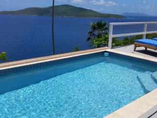 Stunning 3 Bedroom Villa **CONTACT US NOW FOR THE BEST RATES** - Peterborg vacation rentals