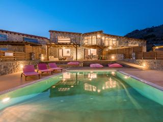 Beautiful 3 bedroom Villa in Pefkos - Pefkos vacation rentals