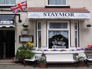 STAYMOR GUEST HOUSE : Room 7 Blackpool UK - Blackpool vacation rentals