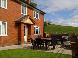 Comfortable 7 bedroom House in Oswestry - Oswestry vacation rentals