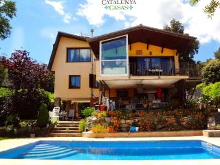 Villa Vistas Preciosas for 8, tucked away in the Catalonia mountains! - Castellar del Valles vacation rentals