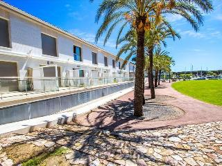 Modern condo in Platja d'Aro for 6 people, only 100m from the beach! - Platja d'Aro vacation rentals