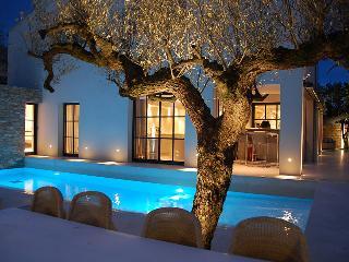 Five bed Villa, close to centre of St Tropez . - Saint-Tropez vacation rentals