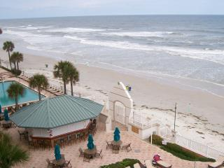 $89 night/1st Floor Oceanfront Suite/Ground level - Daytona Beach vacation rentals