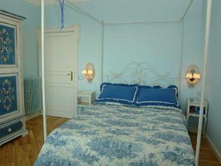 Comfortable 2 bedroom Condo in Riva Ligure - Riva Ligure vacation rentals
