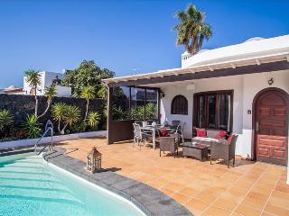 3 bedroom Villa with Wireless Internet in Puerto Del Carmen - Puerto Del Carmen vacation rentals