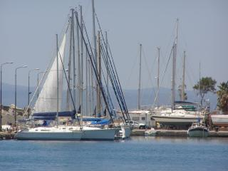 Lovely 2 bedroom Kalamata Yacht with Internet Access - Kalamata vacation rentals