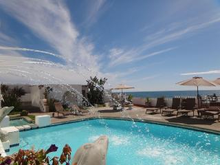 Condo Beach Front, Beach View, Jacuzzi And Pool - Rosarito vacation rentals