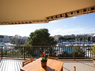 Beautiful 4 bedroom Apartment in Porto Cristo - Porto Cristo vacation rentals