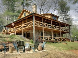 3 bedroom House with Hot Tub in Blue Ridge - Blue Ridge vacation rentals