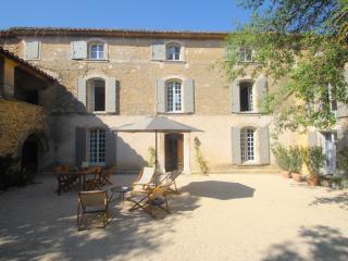 La Bastide des Guillaume Rey in Oppede - Oppede vacation rentals