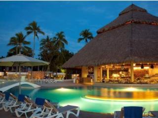 Krystal Resorts - Cancun vacation rentals