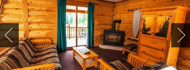 Wonderful, spacious living area with quaint, rustic decor - Revelstoke Glacier House Resort Large 2 Bedroom Family Cabin - Revelstoke - rentals