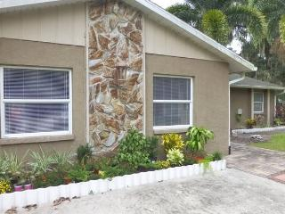 Family friendly house with pool/heated spa - Lido Key vacation rentals