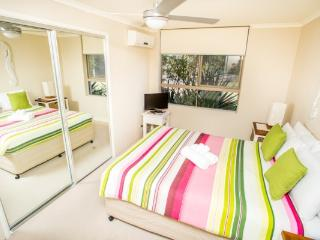Sanctuary Beach Lodge- 2 Bedroom Beachfront - Currumbin vacation rentals