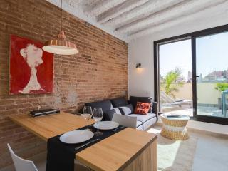 ATICO NUEVO CON TERRAZAS  4 minutos a pie de Paseo de Gracia H52MPSA1 - Barcelona vacation rentals