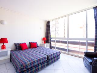 Confortable Marina Central 1BD Apartment with WiFi - Vilamoura vacation rentals