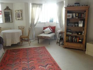 Lovely 2 bedroom maisonette- South Kensington - London vacation rentals